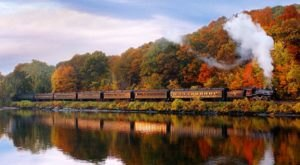 Take This Fall Foliage Train Ride Through Connecticut For A One-Of-A-Kind Experience