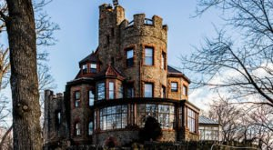 Entering This Hidden New Jersey Castle Will Make You Feel Like You're In A Fairy Tale