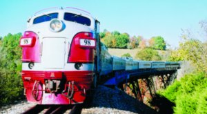 Take This Fall Foliage Train Ride Through Missouri For A One-Of-A-Kind Experience