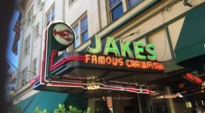 These 10 Longest-Standing Restaurants In Portland Have Served Mouthwatering Meals For Decades