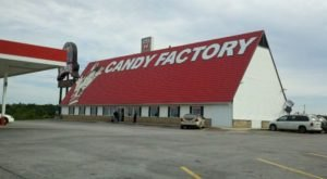 A Massive Candy Store In Missouri, Redmon's Candy Factory Will Take You Back To Childhood