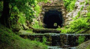 This Haunted Tunnel In Texas Is Not For The Faint Of Heart