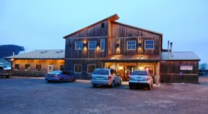 The Log Cabin Restaurant In Maryland That's Undeniably Cozy And Rustic