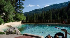 This Hidden Hot Spring In Wyoming Will Take You Away From It All