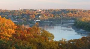 This Charming Kansas Town Is Perfect For An Autumn Day Trip