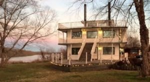 This Restaurant In Arkansas Is Located In The Most Unforgettable Setting