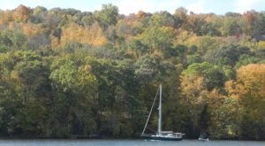 Take This Connecticut Boat Tour To Experience Phenomenal Fall Foliage
