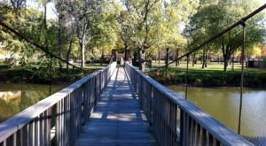 The Terrifying Swinging Bridge In Illinois That Will Make Your Stomach Drop
