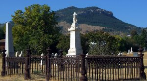 6 Disturbing Cemeteries In Montana That Will Give You Goosebumps