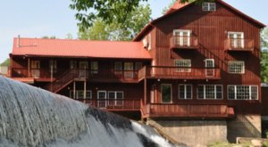 Dining At These 7 Old Mill Restaurants In Virginia Will Take You Back In Time