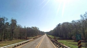 7 Country Roads In Louisiana That Are Pure Bliss In The Fall