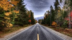 9 Country Roads In Maine That Are Pure Bliss In The Fall
