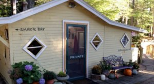 10 Unassuming Restaurants To Add To Your Maine Dining Bucket List