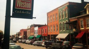 This Charming Missouri Town Is Picture Perfect For An Autumn Day Trip