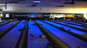 This Desolate Ohio Bowling Alley Is An Eerie Reminder Of The Past