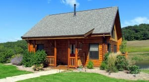 These 10 Cozy Cabins Are Everything You Need For The Ultimate Fall Getaway In Iowa