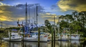 The Quiet Fishing Town In Mississippi That Seems Frozen In Time