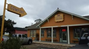 The Tiny Town In Louisiana With The Most Mouthwatering Restaurant