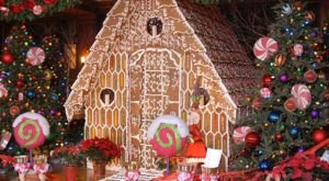 Dine Inside A Giant Gingerbread House In Pennsylvania For A Truly Magical Holiday Season