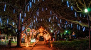 Here Are The 10 Most Enchanting, Magical Christmas Towns In Florida