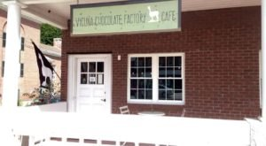 This Tiny Shop In New Hampshire Serves Brownies To Die For