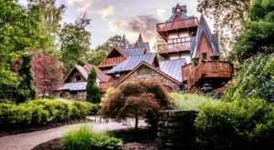 The Magical Getaway That's Unlike Any Other Place In Ohio
