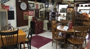 5 Must-Visit Indoor Flea Markets In Wisconsin Where You'll Find Awesome Stuff