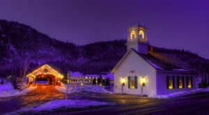 Here Are The 10 Most Enchanting, Magical Christmas Towns In New Hampshire