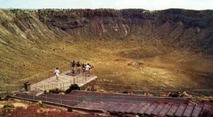 The World's Largest Meteor Crater Is Right Here In Arizona And It's Truly Remarkable
