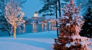 Here Are The 8 Most Enchanting, Magical Christmas Towns in South Dakota