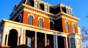 Take A Trip Through This Haunted Historic Iowa Mansion If You Dare