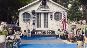 6 Bizarre Roadside Attractions Around New Orleans That Will Make You Do A Double Take