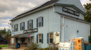 The Oldest General Store In Maine Has A Fascinating History
