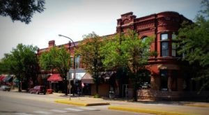 These 11 Cities In Iowa Aren't Big And Aren't Too Small – They're Just Right