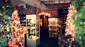 The Christmas Store In Maine That's Simply Magical