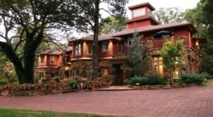 A Relaxing Weekend At This Secluded Bed & Breakfast In Oklahoma Will Spoil You For LIfe