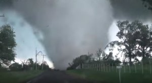 You've Never Seen Anything Like This Up Close Footage Of An Oklahoma Tornado