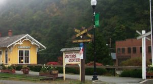 8 Small Towns In Rural West Virginia That Are Downright Delightful