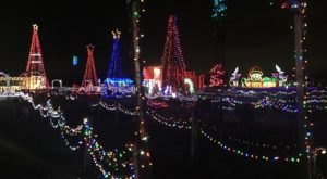 15 Christmas Light Displays In Ohio That Are Pure Magic
