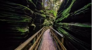 The Unrivaled Canyon Hike In Wisconsin Everyone Should Take At Least Once