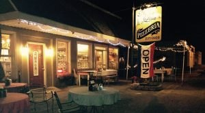 The Tiny Town Near Nashville With The Most Mouthwatering Restaurant