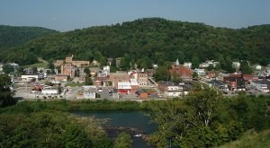 Here Are The 10 Most Dangerous Places In West Virginia After Dark
