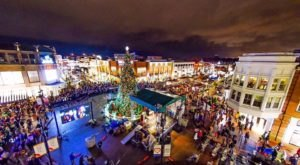 Here Are The 12 Most Enchanting, Magical Christmas Towns Around Cleveland