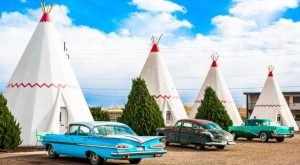 This Quirky Motel Is An Iconic Stop Along Arizona's Route 66