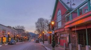 8 Main Streets In Maine That Are Pure Magic During Christmastime