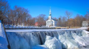 8 Gorgeous Frozen Waterfalls In Connecticut That Must Be Seen To Be Believed