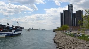 10 Things Everyone In Detroit Must Do Before They Die