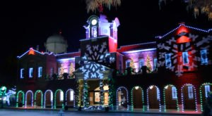 10 Main Streets In Texas That Are Pure Magic During Christmastime
