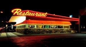 The Train-Themed Restaurant In Arizona That Will Make You Feel Like A Kid Again