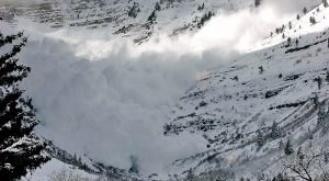 A Terrifying, Deadly Avalanche Struck Northern California In 1982 And No One Saw It Coming